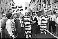mani pulite, 1992/1994 Milano<br /> 1994 manifestazione del Movimento Sociale Italiano in appoggio al pool di Mani Pulite