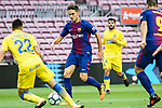 Denis Suarez Fernandez of FC Barcelona (C) in action during the La Liga 2017-18 match between FC Barcelona and Las Palmas at Camp Nou on 01 October 2017 in Barcelona, Spain. (Photo by Vicens Gimenez / Power Sport Images