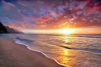Sunset at Kee Beach. Kauai, Hawaii