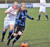 Club Brugge Dames - Heerenveen : Silke Demeyere aan de bal<br /> foto Joke Vuylsteke / nikonpro.be