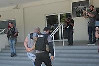 Rio de Janeiro (RJ), 19/02/2020 - A Policia Civil do Rio de Janeiro, realiza na manha desta quarta-feira uma megaoperacao em diversas comunidades da Zona Oeste do Rio, para cumprir 29 mandados de prisao e dois de busca e apreensao contra uma faccao criminosa que tem aterrorizado motoristas de carros particulares e de cargas que precisam passar pela Avenida Brasil, na Zona Oeste. Durante a operacao foi preso um suspeito, Adriano Marques Goes, braco direito do traficante Edson da Silva, o Edinho lider do trafico no conjunto do Amarelinho no Acari na zona norte. (Foto: Celso Barbosa/Codigo 19/Codigo 19)