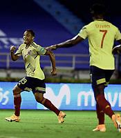 BARRANQUILLA – COLOMBIA, 09 –10-2020: Luis Muriel de Colombia (COL) celebra el segundo gol anotado a Venezuela (VEN), durante partido entre los seleccionados de Colombia (COL) y Venezuela (VEN), de la fecha 1 por la clasificatoria a la Copa Mundo FIFA Catar 2022, jugado en el estadio Metropolitano Roberto Melendez en Barranquilla. /  Luis Muriel of Colombia (COL) celebrates the second scored goal to Venezuela (VEN), during match between the teams of Colombia (COL) and Venezuela (VEN), of the 1st date for the FIFA World Cup Qatar 2022 Qualifier,  played at Metropolitan stadium Roberto Melendez in Barranquilla. / Photo: VizzorImage / Julian Medina FCF / Cont.
