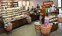23/09/2010   Copyright  Pic : James Stewart.039_serco_restaurant  .::  SERCO ::  STARBUCKS AT THE NEW FORTH VALLEY ROYAL HOSPITAL, LARBERT ::