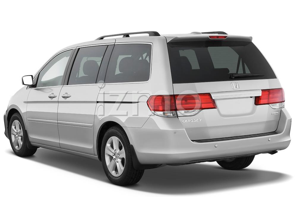 Rear three quarter view of a 2009 Honda Odyssey Touring