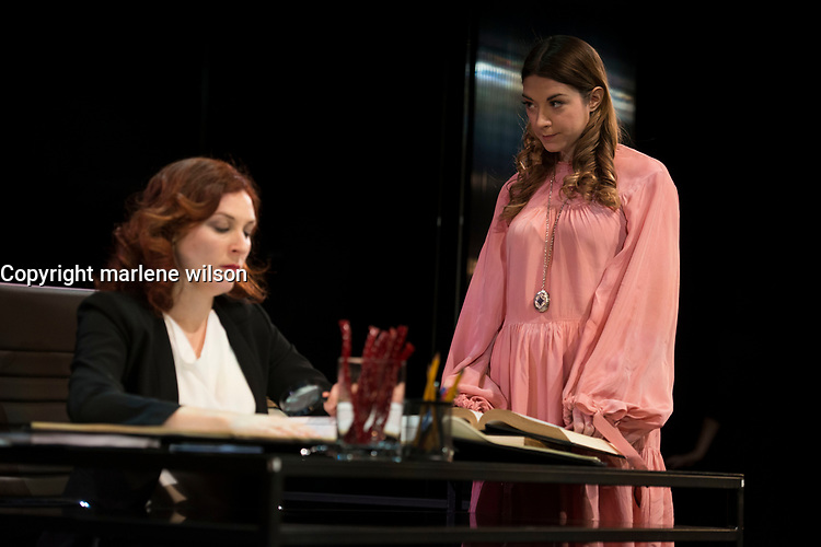 The Centaur Theatre presents the Quebec premiere of Kate Hennig's historical drama, THE LAST WIFE, from February 12 to March 3, 2019. <br /> <br /> PHOTO : Agence Quebec Presse