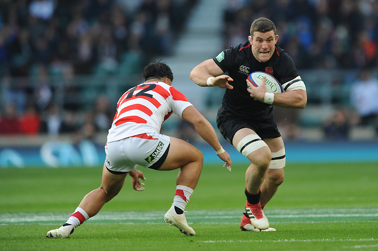 Mark Wilson of England is tackled by Ryoto Nakamura of Japan during the Quilter International match between England and Japan at Twickenham Stadium on Saturday 17th November 2018 (Photo by Rob Munro/Stewart Communications)
