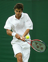 27-6-06,England, London, Wimbledon, first round match, Mario Ancic