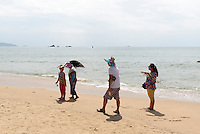 Strand bei Tianya Haijiao-Felsen bei Sanya auf der Insel Hainan, China<br /> beach at Tianya Haijiao-rocks near Sanya,  Hainan island, China