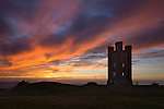 United Kingdom, England, Worcestershire, Broadway: Broadway Tower at sunset | Grossbritannien, England, Worcestershire, Broadway: Broadway Tower, bei Sonnenuntergang