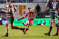 26th September 2020; Toulon, France; European Challenge Cup Rugby, semi-final; RC Toulon versus Leicester Tigers;  Baptiste Serin (RC Toulon) kicks for points