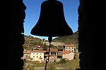 El Barida. Poble de Cava. Mirador. Alt Urgell. Cases vistes delde el campanar de St Climent