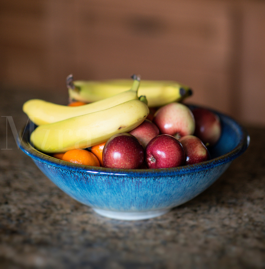 Bowl of fresh fruit.