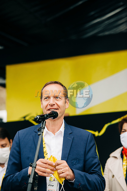Tour Director Christian Prudhomme A.S.O. speaks at the opening of Stage 1 of the 2021 Tour de France, running 197.8km from Brest to Landerneau, France. 26th June 2021.  <br /> Picture: A.S.O./Romain Laurent | Cyclefile<br /> <br /> All photos usage must carry mandatory copyright credit (© Cyclefile | A.S.O./Romain Laurent)