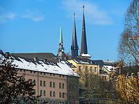 Blick von Grund auf Kathedrale, Luxemburg-City, Luxemburg, Europa, UNESCO-Weltkulturerbe<br /> Cathedral, seen vom Grund, Luxembourg City, Europe, UNESCO Heritage Site