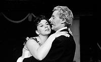 La piece Les oiseaux de lune , a  la Comedie canadienne, 7 mai 1958