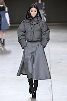 Topshop_Unique_Ready_to_Wear_London_Fashion_Week_Fall_Winter_2014; february2014