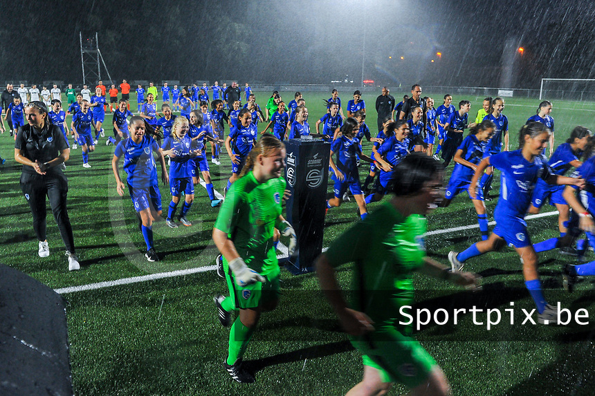 KRC Genk youth before a female soccer game between  Racing Genk Ladies and Sporting du pays de Charleroi on the fourth matchday of the 2021-2022 season of the Belgian Scooore Womens Super League , friday 10 September 2021  in Genk , Belgium . PHOTO SPORTPIX   STIJN AUDOOREN