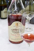 bottle with moulded relief on the neck rosee de printemps domaine de la pinte arbois france