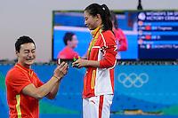 Chinese diver Ki Qin proposes a marriage to the Silver Medal He Zi <br /> Rio de Janeiro 14-08-2016 Maria Lenka Aquatics Center  <br /> Diving Women's 3m Springboard<br /> Tuffi Trampolino <br /> Foto Andrea Staccioli / Deepbluemedia /Insidefoto