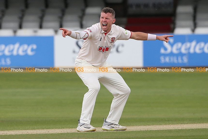 Peter Siddle of Essex with an appeal for a wicket during Essex CCC vs Nottinghamshire CCC, LV Insurance County Championship Group 1 Cricket at The Cloudfm County Ground on 6th June 2021