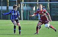 Dames Zulte Waregem - Club Brugge : Ingrid De Rycke en  Eva Van Daele (rechts).foto Joke Vuylsteke / Vrouwenteam.be