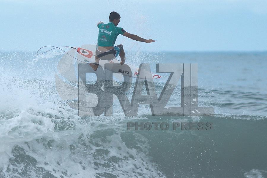 MARESIAS,SP,06.11.2014 - O´NEILL SP PRIME 2014 - O surfista brasileiro Gabriel Medina durante etapa do O´niell Prime SP realizado na manhã de hoje na praia de Maresias litoral norte de São Paulo.(Foto Ale Vianna/Brazil Photo Press).