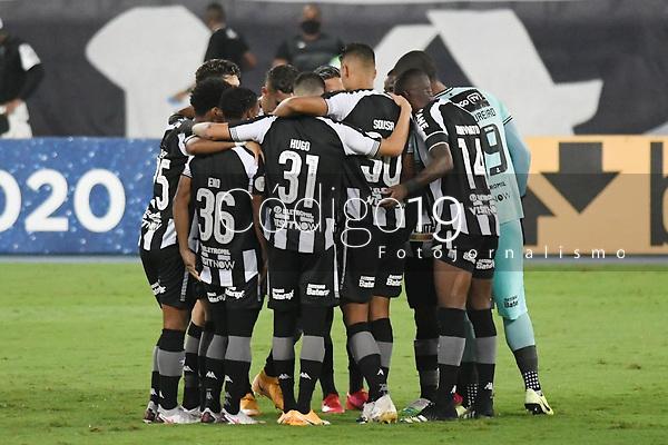 Rio de Janeiro (RJ), 22/02/2021 - Botafogo-São Paulo - Jogadores do Botafogo,durante partida contra o São Paulo,válida pela 37ª rodada do Campeonato Brasileiro,realizada no Estádio Nilton Santos (Engenhão), na zona norte do Rio de Janeiro,nesta segunda-feira (22).