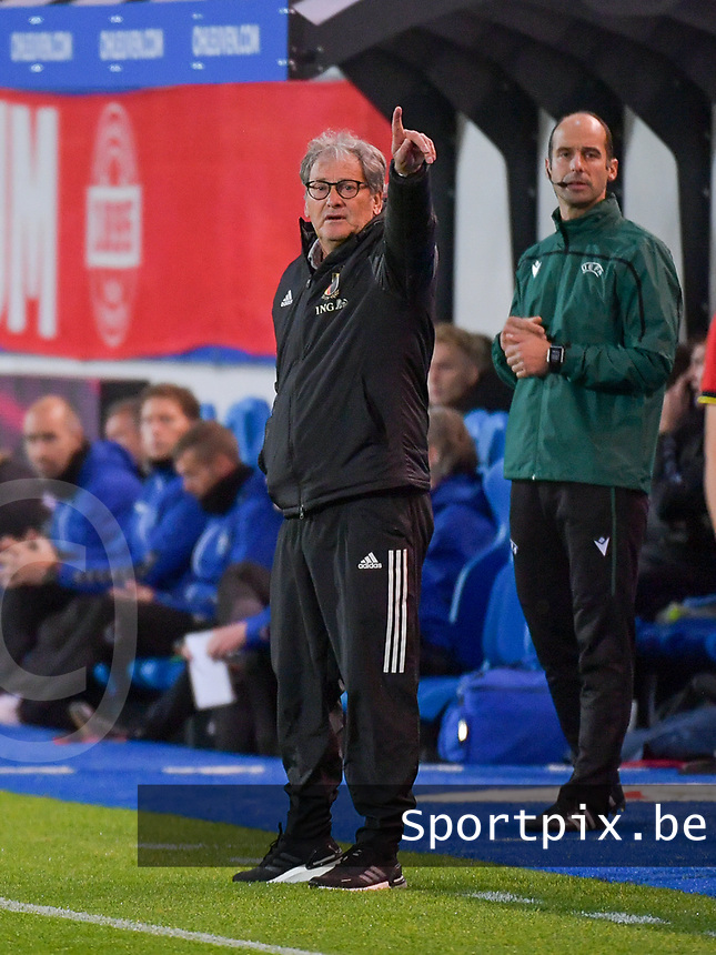 Head coach Jacky Mathijssen of Belgium points during a soccer game between the national teams Under21 Youth teams of Belgium and Denmark on the fourth matday in group I for the qualification for the Under 21 EURO 2023 , on tuesday 12 th of october 2021  in Leuven , Belgium . PHOTO SPORTPIX | STIJN AUDOOREN