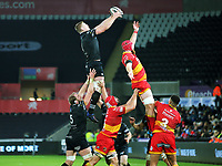 Bradley Davies of the Ospreys (L) grabs the ball from a line out during the Guinness PRO14 match between Ospreys and Dragons at The Liberty Stadium, Swansea, Wales, UK. Friday 27 October 2017