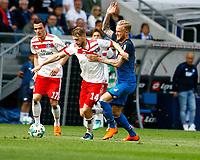 Aaron HUNT, HSV - Kevin VOGT, 1899 Hoffenheim,   quer, Fussball, 1. Bundesliga  2017/2018<br /> <br /> Foto © SportNAH / A. Huber *** Local Caption *** © pixathlon<br /> Contact: +49-40-22 63 02 60 , info@pixathlon.de