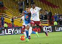 BOGOTA -COLOMBIA, 22-02-2017. Ayron Del Valle (L) player of Millonarios  fights for the ball with Sergio Mosquera (R) player of Tolima during match for the date 5 of the Aguila League I 2017 played at Nemesio Camacho El Campin stadium . Photo:VizzorImage / Felipe Caicedo  / Staff