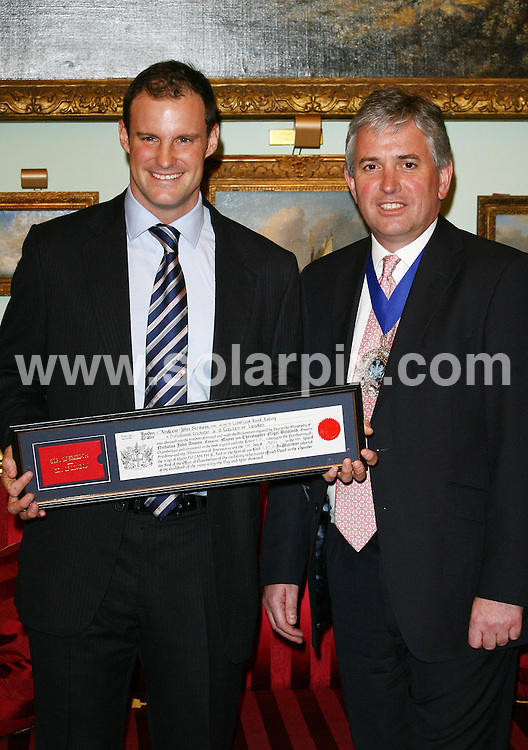 **ALL ROUND PICTURES FROM SOLARPIX.COM**.**WORLDWIDE SYNDICATION RIGHTS**.England cricket team captain Andrew Strauss receives the Freedom of the City of London at The Mansion House, in London, UK. 1 April 2010. ..This pic: Andrew Strauss and Lord Mayor of London Nick Anstee..JOB REF:10971 LNJ     DATE: 01_04_2010.**MUST CREDIT SOLARPIX.COM OR DOUBLE FEE WILL BE CHARGED**.**MUST NOTIFY SOLARPIX OF ONLINE USAGE**.**CALL US ON: +34 952 811 768 or LOW RATE FROM UK 0844 617 7637**