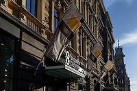 Modegeschäft auf der Pohjoisesplanadi, Helsinki, Finnland