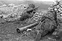 - Italian Army, exercise Murge 85, paratroopers of the Folgore brigade with Milan anti-tank missile launcher<br /> <br /> - Esercito Italiano, esercitazione Murge 85, paracadutisti brigata Folgore con lanciamissili anticarro Milan