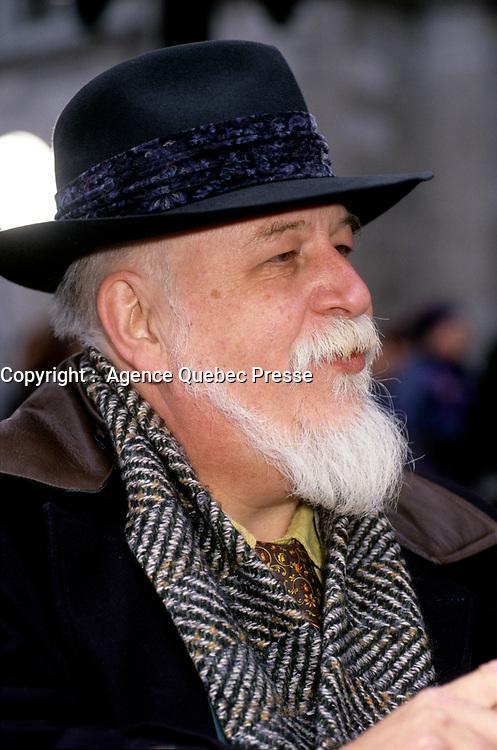 Jean-Claude Germain <br />  aux Funerailles de Gratien Gelinas, <br /> 19 mars 1999, a la Basilique Notre-Dame.<br /> <br /> PHOTO : Agence Quebec Presse - Pierre Roussel