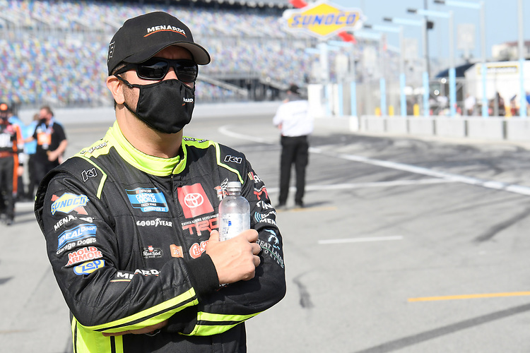 #88: Matt Crafton, ThorSport Racing, Toyota Tundra Mold-Armor/Menards