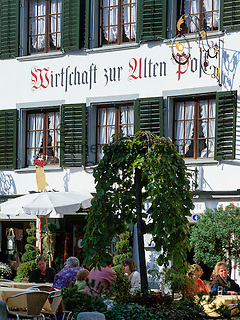 Switzerland, Canton St. Gallen, St. Gallen: Restaurant 'Zur Alten Post' at old town   Schweiz, Kanton St. Gallen, St. Gallen: Altstadt - Wirtschaft zur Alten Post