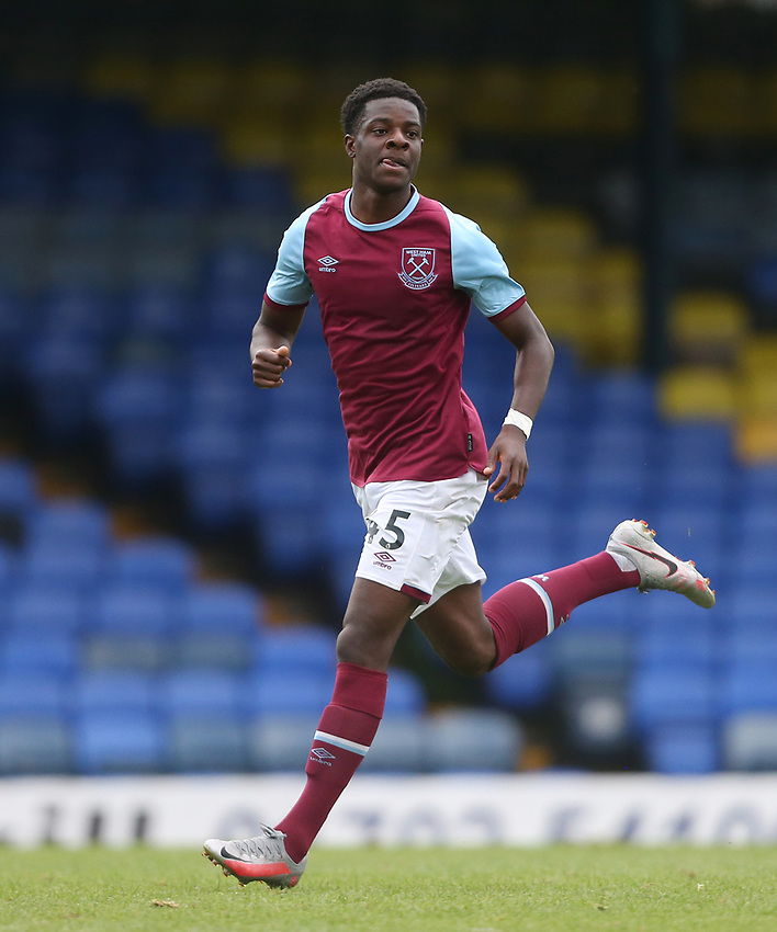 West Ham United's Ademipo Odubeko<br /> <br /> Photographer Rob Newell/CameraSport<br /> <br /> EFL Trophy Southern Section Group A - Southend United v West Ham United U21 - Tuesday 8th September 2020 - Roots Hall - Southend-on-Sea<br />  <br /> World Copyright © 2020 CameraSport. All rights reserved. 43 Linden Ave. Countesthorpe. Leicester. England. LE8 5PG - Tel: +44 (0) 116 277 4147 - admin@camerasport.com - www.camerasport.com