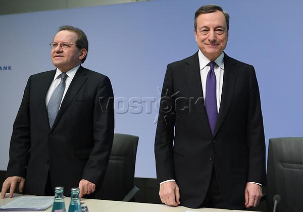 26 April 2018, Germany, Frankfurt: President of the European Central Bank (ECB), Mario Draghi, and his deputy Vitor Constancio taking their seats before the ECB press conference. For Constancio it was the last session as vice president. Europe's top currency guardians have left the central interest rates in the eurozone at a record low of yero percent after their session. Photo: Arne Dedert/dpa