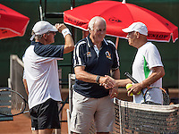 Etten-Leur, The Netherlands, August 23, 2016,  TC Etten, NVK, Umpire does the toss between Peter Butter (L) and Be Lenten (NED)<br /> Photo: Tennisimages/Henk Koster