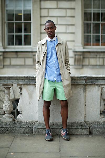 DaShaun Hightower  London Fashion Week Street Style at Somerset House