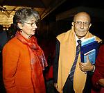 SABINO CASSESE CON LA MOGLIE RITA PEREZ<br /> PREMIO LETTERARIO CAPALBIO 2002