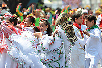 BARRANQUILLA-COLOMBIA- 03-03-2014: La tradición y la fantasía del Carnaval esta asegurada con los niños de los semilleros de los distintos grupos del Carnaval de Barranquilla que desfile tras desfile muestran su energía y contagian de alegría a los asistentes./  The tradition and the fantasy of the carnival is safe with children of seedlings of different groups of Barranquilla Carnival that parade after parade show their energy and spread joy to the audience. Photo: VizzorImage / Alfonso Cervantes / STR
