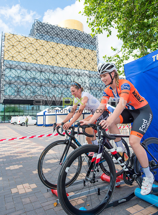 Picture by Allan McKenzie/SWpix.com - 28/07/16 - Cycling - British Cycling National Circuit Race Championships - Womens Race - Birmingham, England - The brief, Nicola Juniper & Clover Murray warm up in front of the Birmingham Library.
