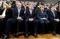 Festakt zum 9.Oktober 1989 im Leipziger Gewandhaus - im Bild: Bundespräsident Horst Köhler bei seiner Rede. Porträt . Foto: Norman Rembarz..Norman Rembarz ,Holbeinstr. 14, 04229 Leipzig, Tel.: 01794887569, Hypovereinsbank: BLZ: 86020086, KN: 357889472, St.Nr.: 231/261/06432 - Jegliche kommerzielle Nutzung ist honorar- und mehrwertsteuerpflichtig! Persönlichkeitsrechte sind zu wahren. Es wird keine Haftung übernommen bei Verletzung von Rechten Dritter. Autoren-Nennung gem. §13 UrhGes. wird verlangt. Weitergabe an Dritte nur nach  vorheriger Absprache..