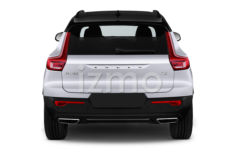 Straight rear view of a 2019 Volvo XC40 R-Design 5 Door SUV stock images