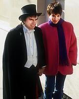 "Dudley Moore and Liza Minnelli filming ""Arthur"" 1981<br /> Photo By John Barrett/PHOTOlink"