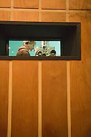 Europe/Pologne/Lodz: Ecole Supérieure d'art Cinématographique, Televisuel et Théatral rue Targowa ou furent formés Polanski, Wajda… Cabine de Projection