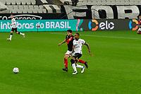 São Paulo (SP), 02/06/2021 - CORINTHIANS-ATLETICO-GO - Zé Roberto, do Atlético-GO. Corinthians e Atlético-GO e Raul Gustavo, do Corinthians. , a partida é válida pela terceira fase da Copa do Brasil, Neo Química Arena, quarta-feira (02).