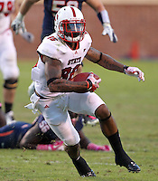 Oct. 22, 2011 - Charlottesville, Virginia - USA; North Carolina State wide receiver Jay Smith (86) runs with the ball during an NCAA football game against the Virginia Cavaliers at the Scott Stadium. NC State defeated Virginia 28-14. (Credit Image: © Andrew Shurtleff/